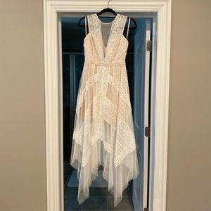 BCBGMaxAzria Andi Lace Dress — NWT Size 4